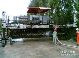 维特根 SP850 水泥摊铺机