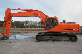斗山S290-V挖掘机