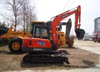悍山 HD60-7 挖掘机图片