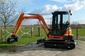 日立ZX35挖掘机