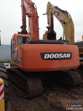 斗山 DH225-9 挖掘机图片