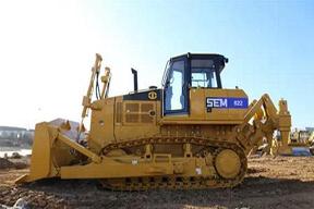 山工 SEM822 推土机