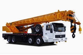 中国重汽 35吨 起重机