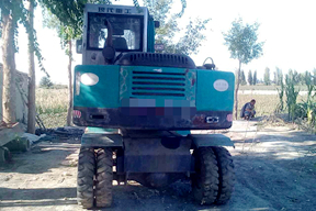 泰安现代重工 XDL65 挖掘机