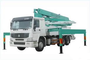 天拓重工 HDT5350THB-42-4 泵车