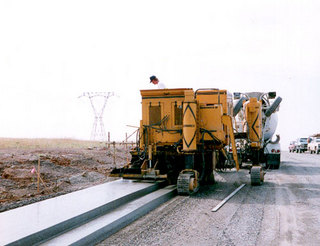 高马科 GT-6300 水泥摊铺机