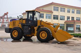 青州高盛机械 GS650B 装载机