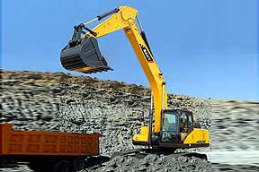三一重工SY265C-10挖掘机