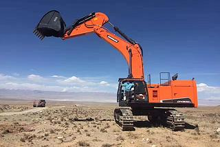 斗山 DX800LC 挖掘机