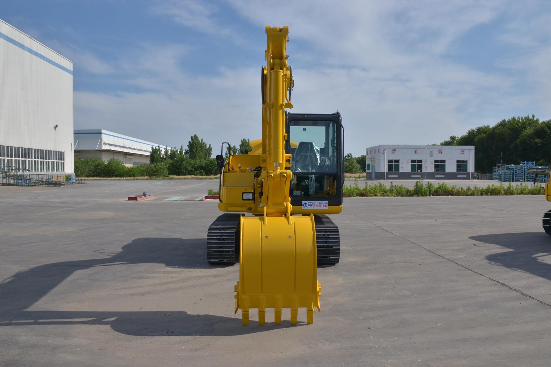 小松PC60-8挖掘机整机外观