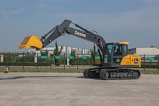 约翰迪尔 E140LC 挖掘机