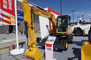 德工 686 挖掘机
