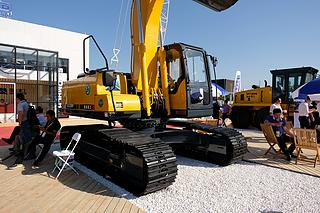 国机重工 GE220H 挖掘机