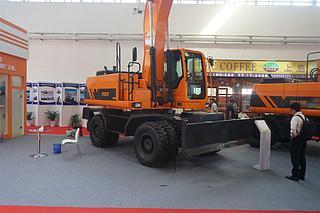 詹阳动力 jyl621F 挖掘机