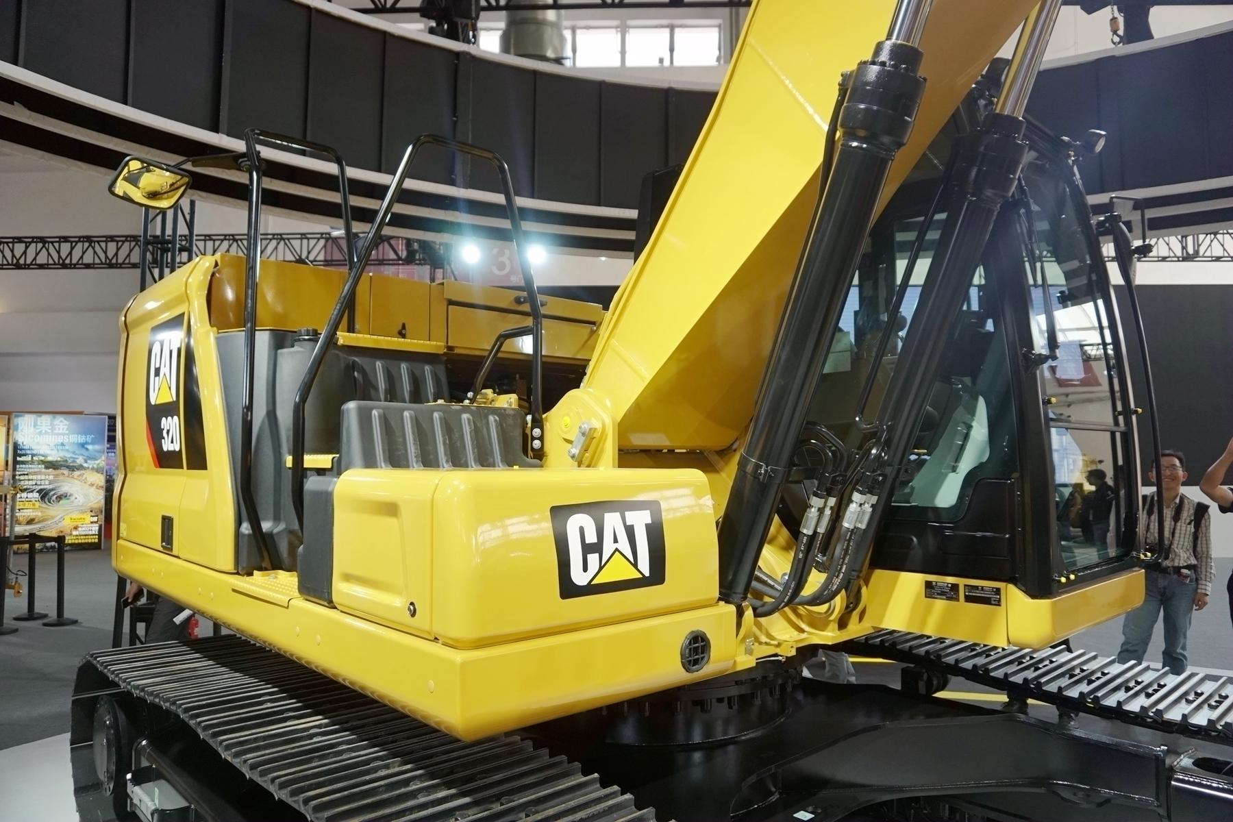 卡特彼勒新一代Cat®320液压挖掘机整机外观