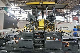 卡特彼勒 AP655FL 沥青摊铺机