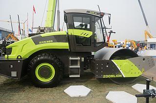 中联重科 ZRS326 压路机