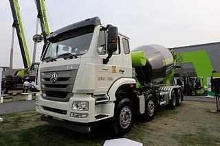 中联重科 ZLJ5318GJBHE 搅拌运输车