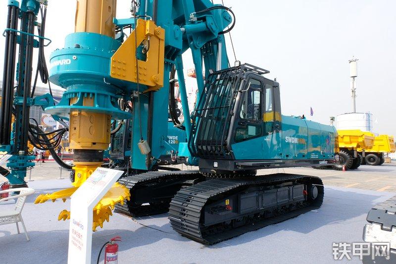 山河智能SWDM160L旋挖钻整机外观