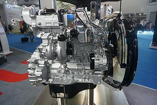 五十铃 4HK1X(Tier 4) 发动机图片
