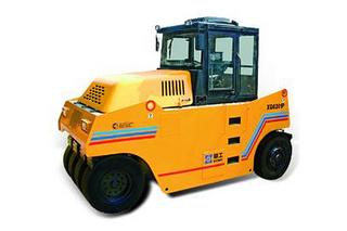 厦工XG6261P压路机