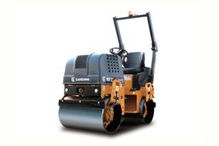柳工 CLG6015 压路机
