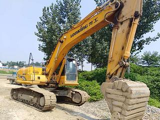龙工LG6260挖掘机