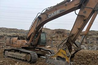 凱斯 CX460 挖掘機圖片
