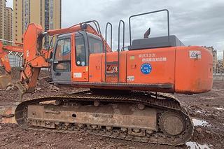 日立ZX520LC挖掘机