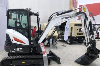 山猫 E27 挖掘机
