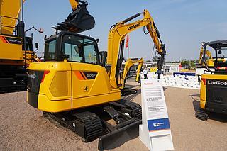 柳工 CLG906F 挖掘机