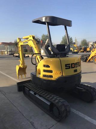沭工SG8035挖掘机
