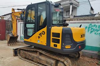 新源XYB70L挖掘机