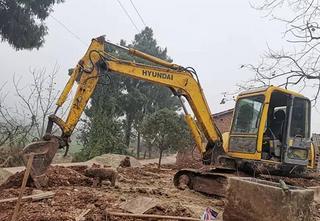 现代R60-7G挖掘机