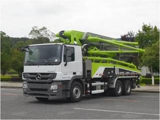 中联重科 ZLJ5330THBBE 泵车