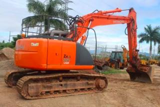 日立ZX225USRLCK-3挖掘机