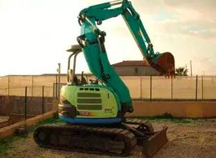洋馬 B6-6A 挖掘機圖片