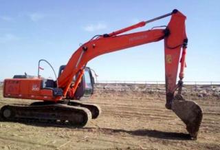 日立ZX200-5B挖掘机