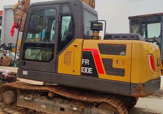 雷沃重工FR130E挖掘机