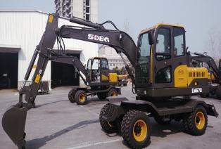 山东宝格 LG670L 挖掘机