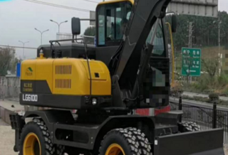 山东宝格LG6100挖掘机