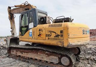 雷沃重工FR210-7挖掘机
