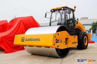 柳工CLG6640E压路机