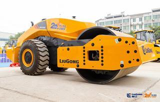 柳工CLG6626E(无人驾驶)压路机