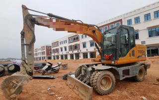 恒特重工HT115W挖掘机