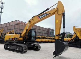 三一重工SY215H挖掘机