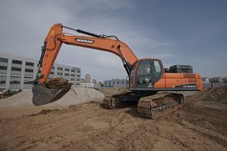 斗山 DX305LC-9C ACE 挖掘机