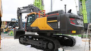 沃尔沃EC480EL挖掘机