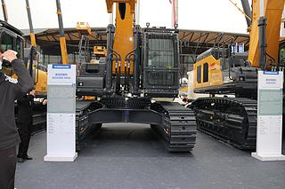 徐工XE550DK MAX挖掘机