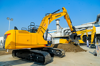 柳工CLG926F挖掘机
